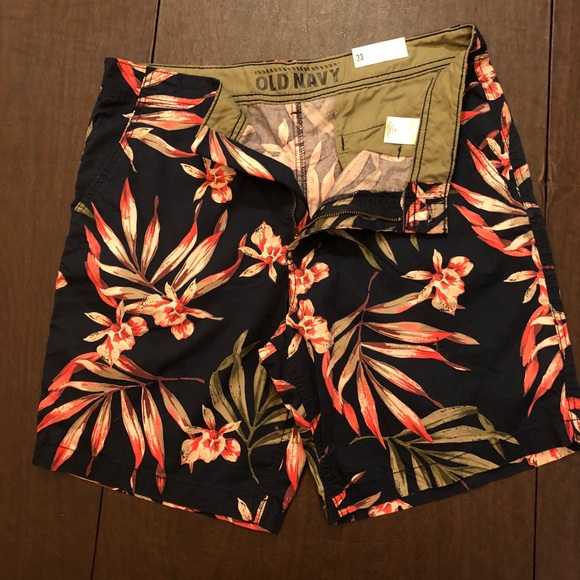 Old Navy Other - Tropical shorts.